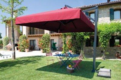 Come arredare il giardino arredamento esterni - Riparazione ombrelloni da giardino ...